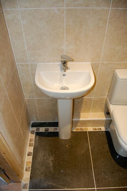 New Cloakroom And Basin Urmstonhandyman 0161 746 8168